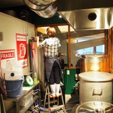 前日の準備。設備の洗浄を徹底